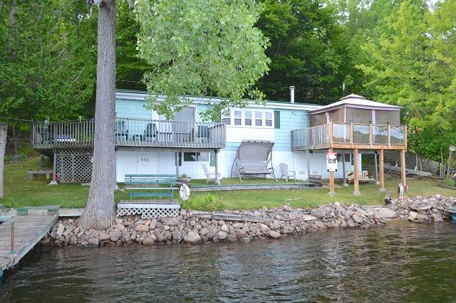 418 Hickey Lane Bobs Lake Cottage Waterfront Gurreathomes