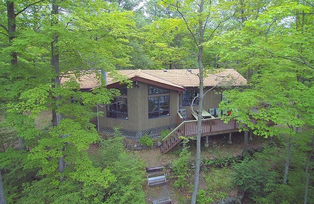 71 Donald's Lane Bobs Lake Waterfront Home Cottage Gurreathomes