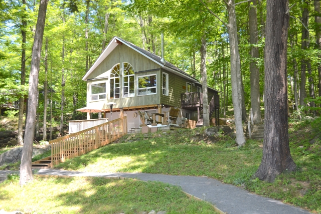 72 Maple Grove Crescent Bobs Lake Waterfront Gurreathomes