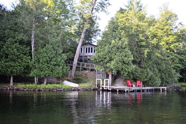 11 Scott Island Newboro Lake Waterfront Cottage Gurreathomes