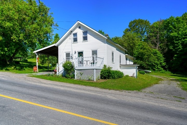 3891 Westport Road, South Frontenac, Godfrey, Fermoy, Gurreathomes