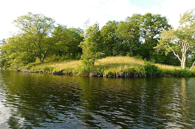 Bobs Lake Road Lot, Bobs Lake, Rideau Lakes, Gurreathomes.com