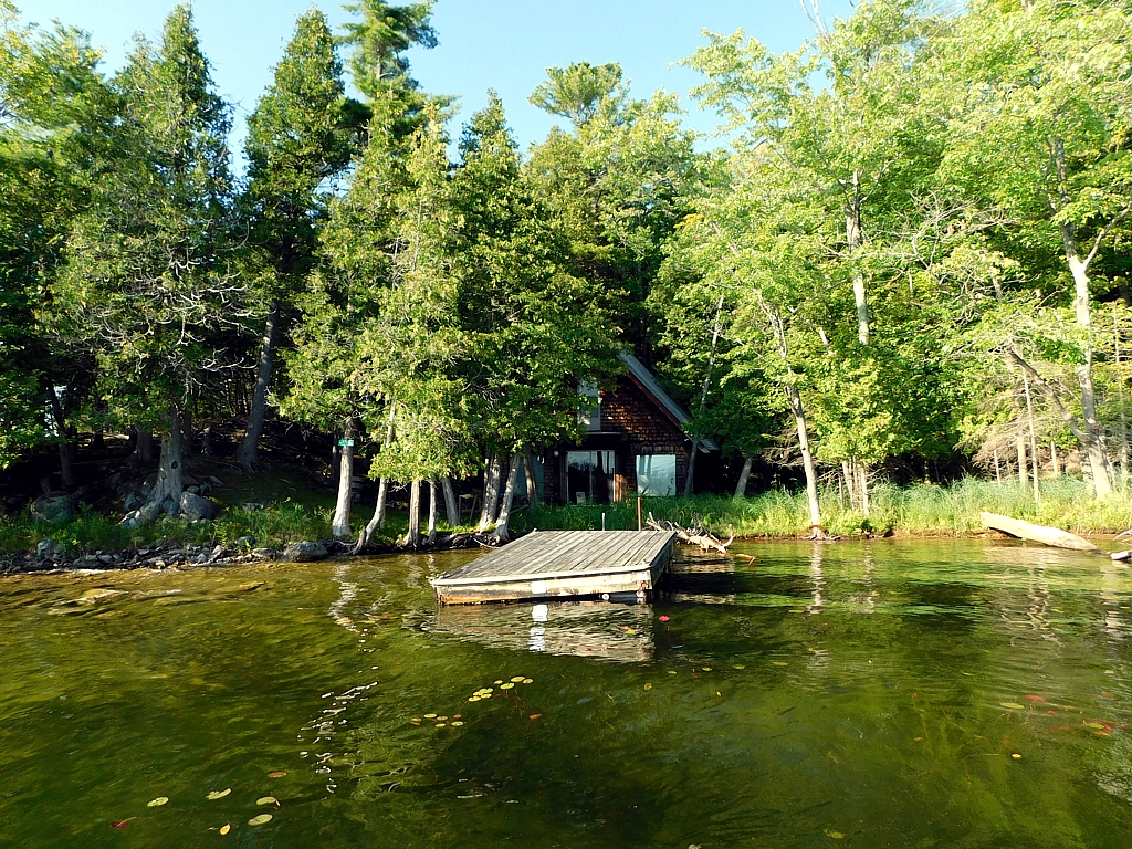 6 Porcupine Island, Buck Lake, South Frontenac, Ontario, Gurreathomes.com