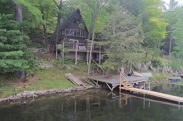 1041 Shady Lane, Buck Lake, South Frontenac, Ontario, Gurreathomes